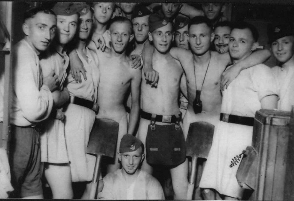 Немецкий секс времен войны видео совсем