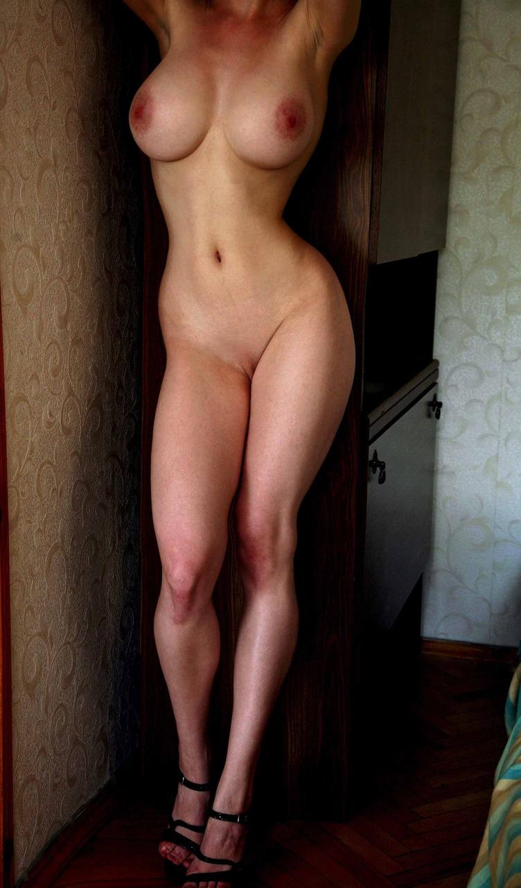 Частное фото худые с большой грудью, смотреть онлайн оргазм лесбиянки