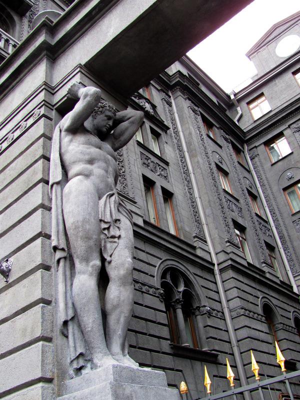 фото памятников атлантов в спб ресторане отеля