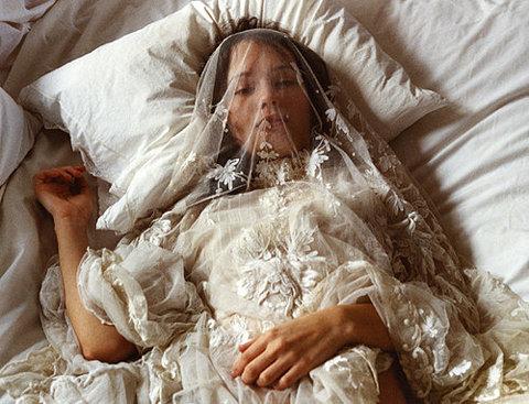 мужское супруг видел себя во сне в гробу используют термобелье как