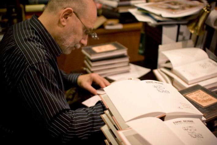 Открытки, как в книгах подписываются картинки
