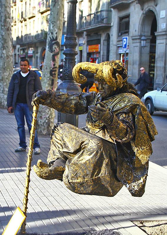 Рамбла в Барселоні, жива фігура