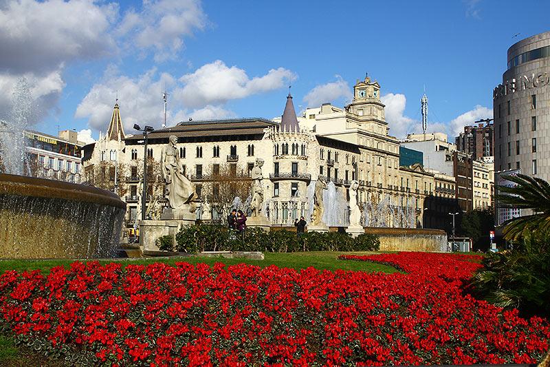 Площа Каталонії в Барселоні