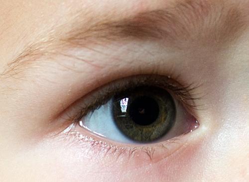 фото темно серые глаза