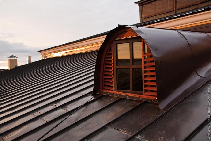 Выход с чердака на крышу