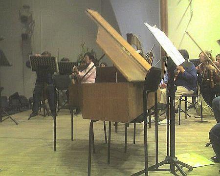 клавесин филармоникум
