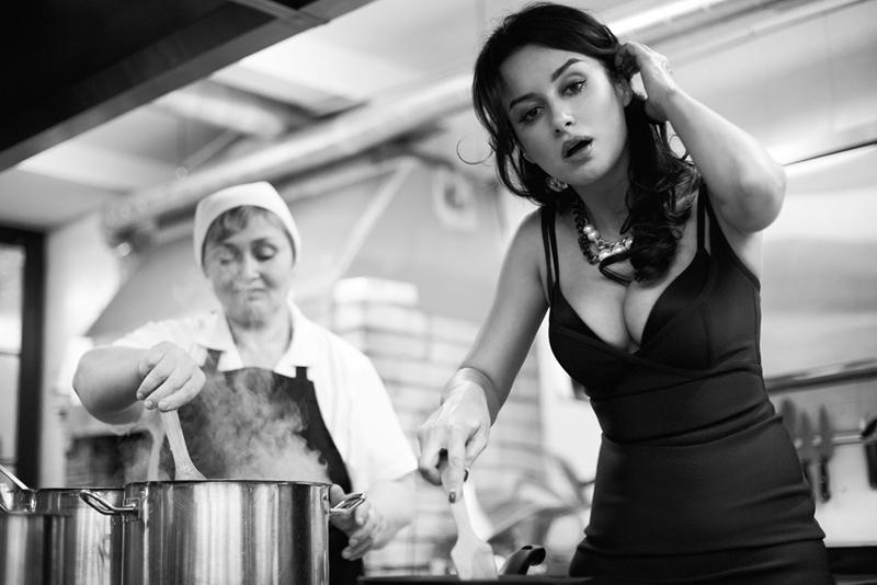 фото Канделаки на кухне