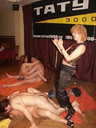 Видео ванной видео из порно клуба юлии варры порно