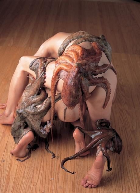 Секс со с осьминогом смотреть онлайн